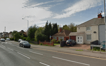 Armed police deployed after reports of a gunman in Bedworth