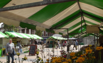 Stuck for lunch ideas? Head down to the farmers' market in Broadgate